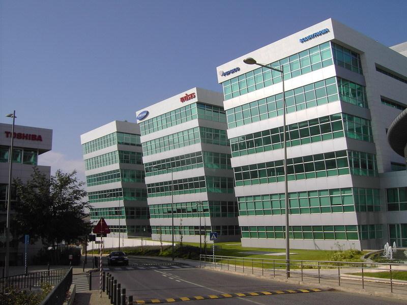 Empresas Multinacionais no Lagoas Park em Oeiras